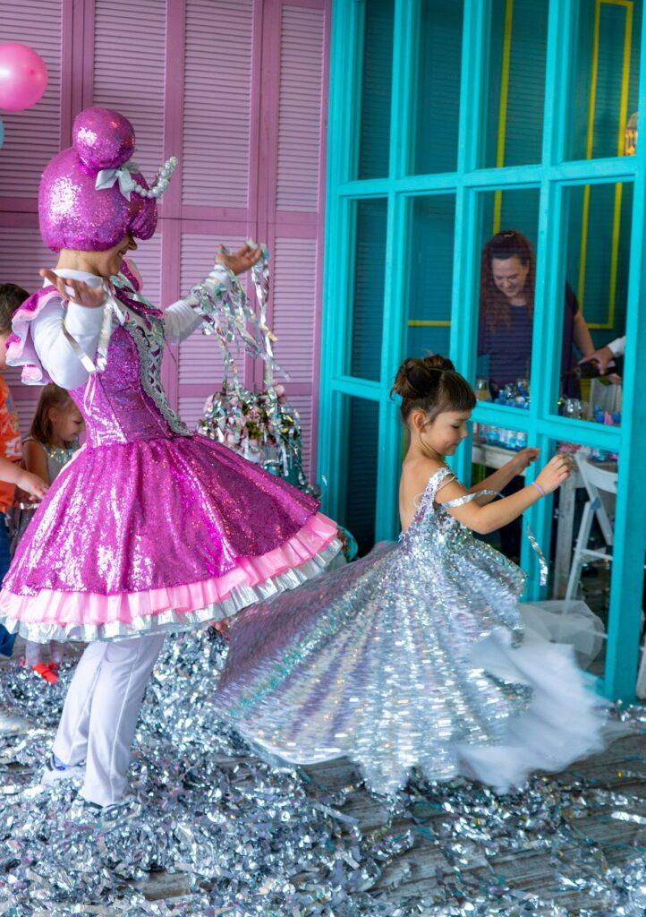 серебряное шоу кукла лол